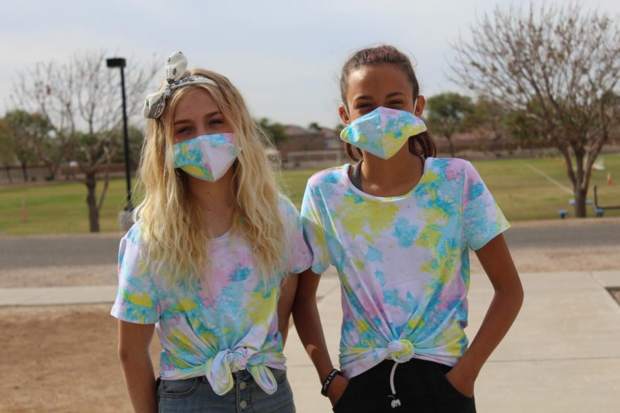 (L to R) Fayth Hutchsion and Gianna James dressed in Tie Dye for